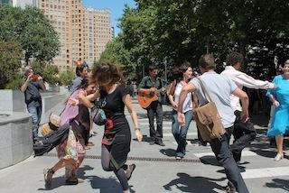 la danza de invitados por Mariajo