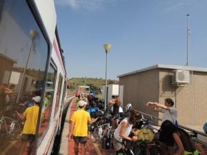 Bajando del cercanías en Mora de Rubielos